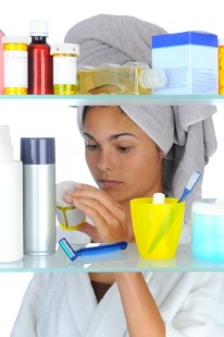 salicylate free products, woman looking at pill jar ingredients